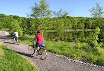 A walking and cycling trail surrounds the lake